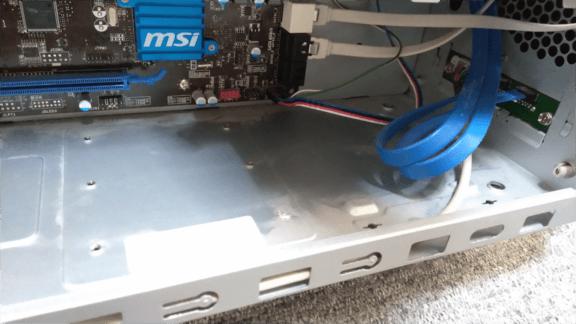 デスクトップパソコンのCPUファンのほこりを掃除する方法・手順